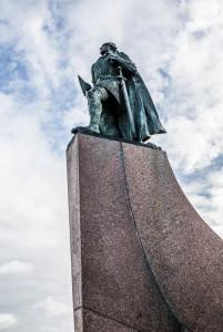 Hallgrímskirkja church and statue, Reykjaviik